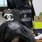 GDF FIRENZE: Sequestrati 13.000 oggetti falsi