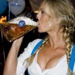 Dalla Bulgaria arriva Bohza, la birra che fa crescere il seno