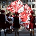 FIRENZE: Le foto degli sbandieratori scarperiesi in Piazza della Signoria