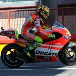 ROSSI: Rimanere con la Ducati sarà un salto nel vuoto