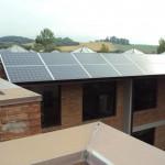 """TOSCANA: Pannelli fotovoltaici al posto dell'eternit.E le case toscane diventano """"green"""""""