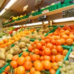 ROMAGNA: Secondo agricoltori ricarichi del 500 per cento su frutta in supermercati della Riviera