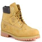 5 milioni di Euro in scarpe Timberland contraffatte, sgominata organizzazione internazionale
