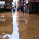 MALTEMPO: Allagamenti a Genova provocano sei vittime. Emergenza anche in Piemonte