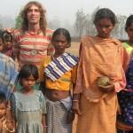 """RAPITO IN INDIA: Bosusco """"Dite alla mia famiglia che sto bene"""""""