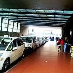 """FIRENZE: Taxi più facili e convenienti a Santa Maria Novella per i clienti """"Cartafreccia"""" di Trenitalia"""