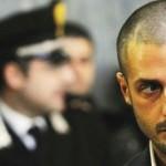 CORONA: Il fotografo fermato in Portogallo. Vistosi braccato si sarebbe costituito