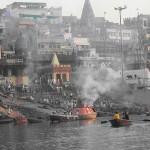 """INDIA: Ragazzo """"morto"""" torna a casa dieci giorni dopo il suo funerale"""