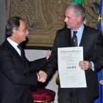 MUGELLO CIRCUIT: A Paolo Poli conferita l'onoreficenza di Cavaliere