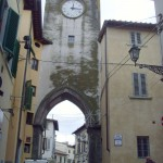 """BORGO SAN LORENZO: La torre dell'orologio torna a far sentire al sua voce. E tra poco tornerà a """"brillare"""""""