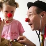 Ridere è una cosa seria. Clownterapia su Pluraliweb, la rivista online di Cesvot