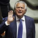 Denis Verdini condannato a due anni. Malumori nella minoranza PD
