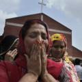Ancora attentati – Pakistan, un kamikaze si fa esplodere a Lahore. Più di 60 morti