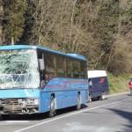 VAIANO – Tamponamento tra un autobus e uno scuolabus