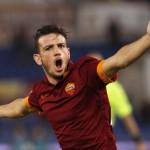 """Al calciatore Florenzi il premio pallone d'argento """"Coppa Giaime Fiumanò 2016"""",  per un calcio non violento."""