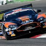 Mugello Sport – Monza – Buono l'esordio di Max Mugelli in coppia con Francesco Sini con la Aston Martin