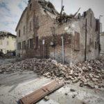 La più forte scossa di terremoto nelle zone colpite. 6.1 la magnitudo. Gente in strada anche a Firenze e  in Mugello