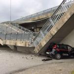 Cuneo – Crolla un altro ponte – Distrutta un'auto dei Carabinieri – Illesi i militari