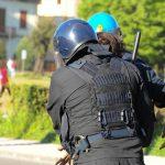 Lucca – Scontri tra manifestanti e Polizia durante il G7 dei Ministri degli Esteri